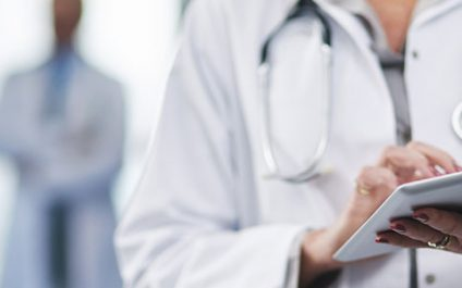 4 Strategies to improve patient care using electronic health records