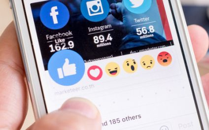 Using Facebook emoticons to your advantage