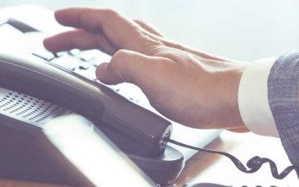 Do businesses need office phones any more?