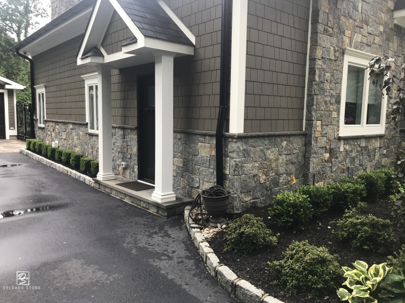 New England sq rec