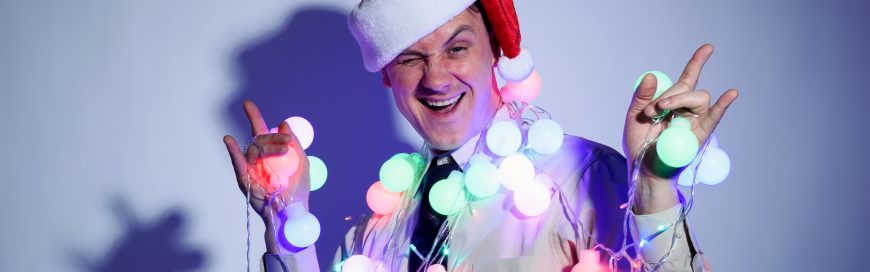 The DOs & DON'Ts of Office Christmas Parties