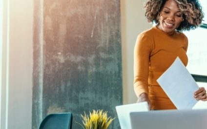 How to create a hybrid work policy for SMBs