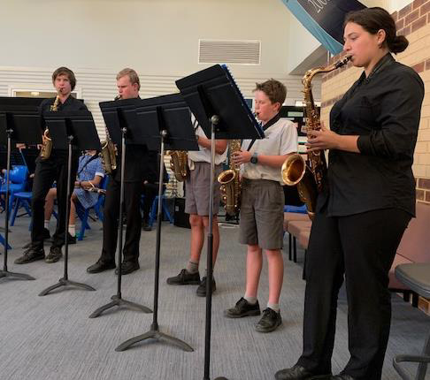 Sax Group 'Jamming to the max'