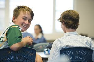 5 tips to build confidence in teenagers