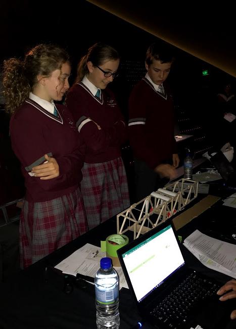 Year 9 students build bridges at Scitech (5)