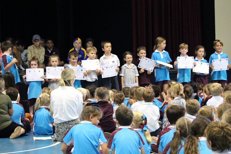 Primary Assembly and Awards (4)