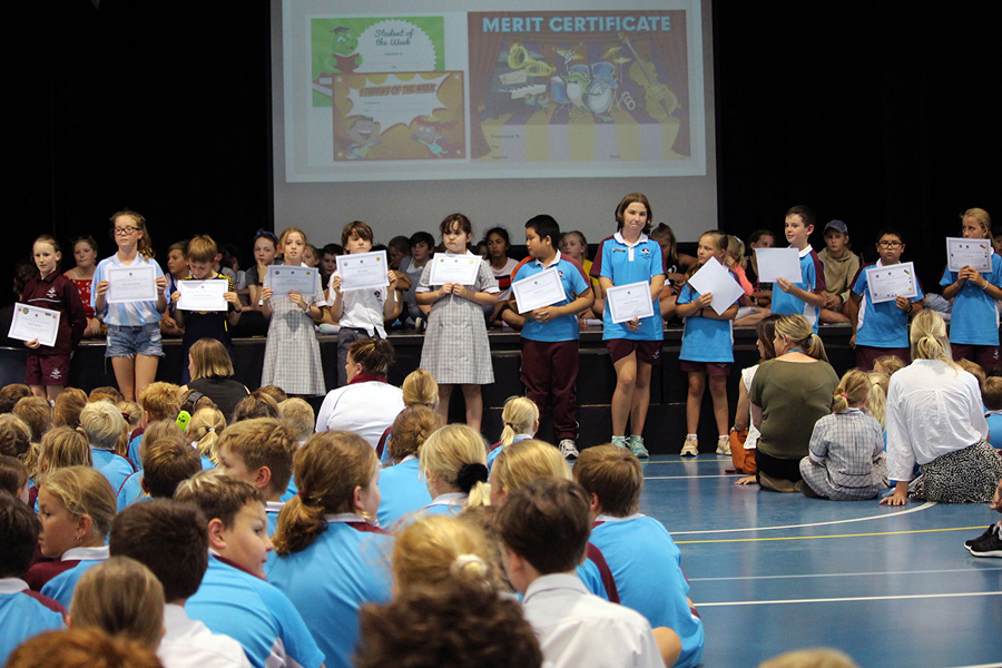 Primary Assembly and Awards (8)