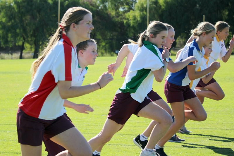 Year 9-12 Athletics Carnival (22)