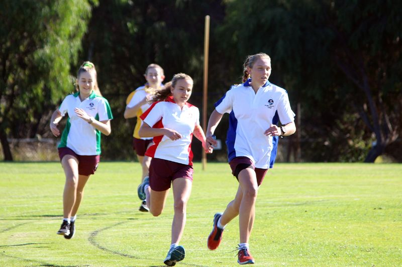 Year 9-12 Athletics Carnival (32)