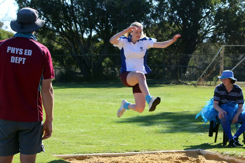 Year 9-12 Athletics Carnival (36)