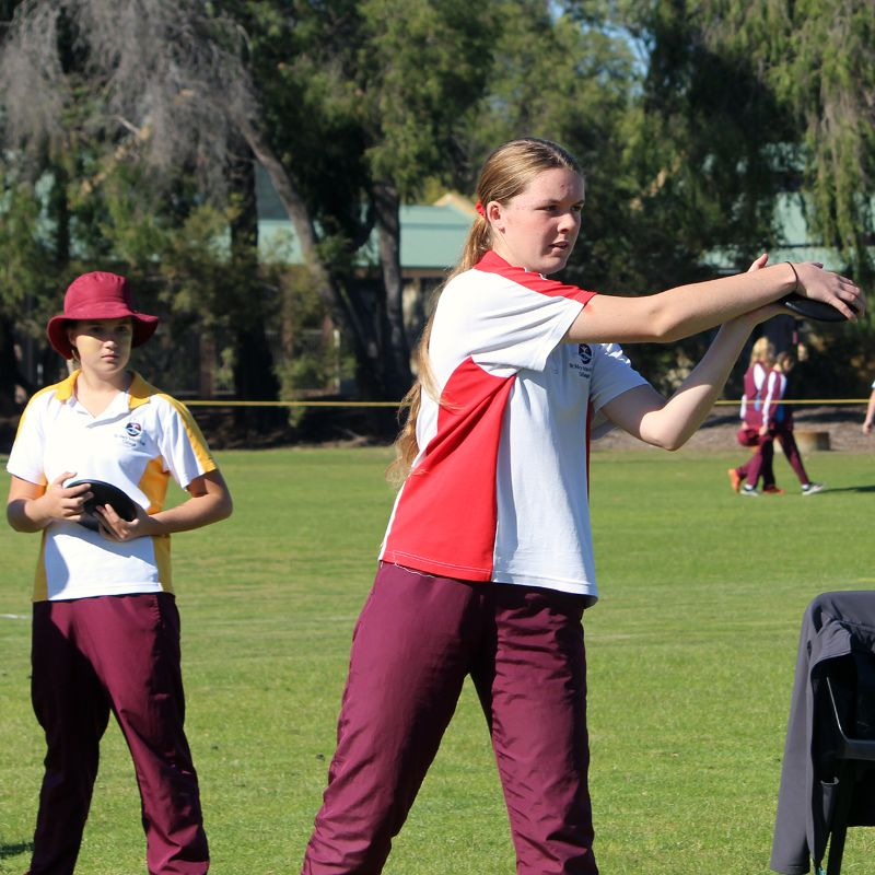 Year 9-12 Athletics Carnival (37)