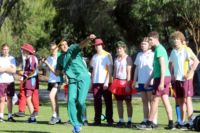 Year 9-12 Athletics Carnival (41)