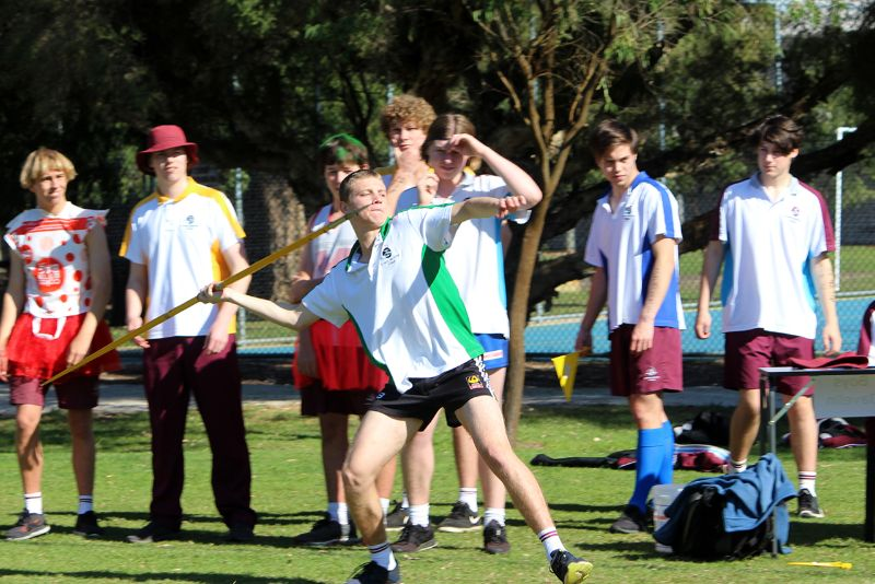 Year 9-12 Athletics Carnival (43)