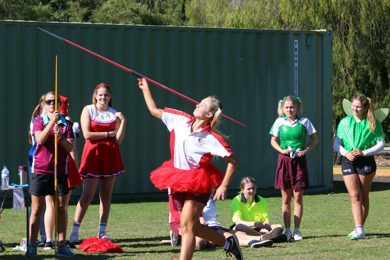 Year 9-12 Athletics Carnival (44)