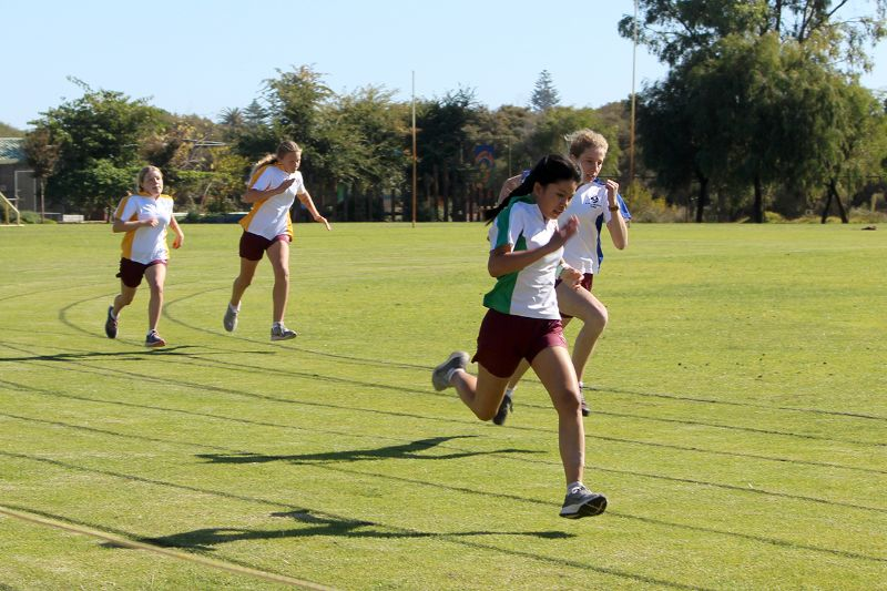Year 9-12 Athletics Carnival (48)