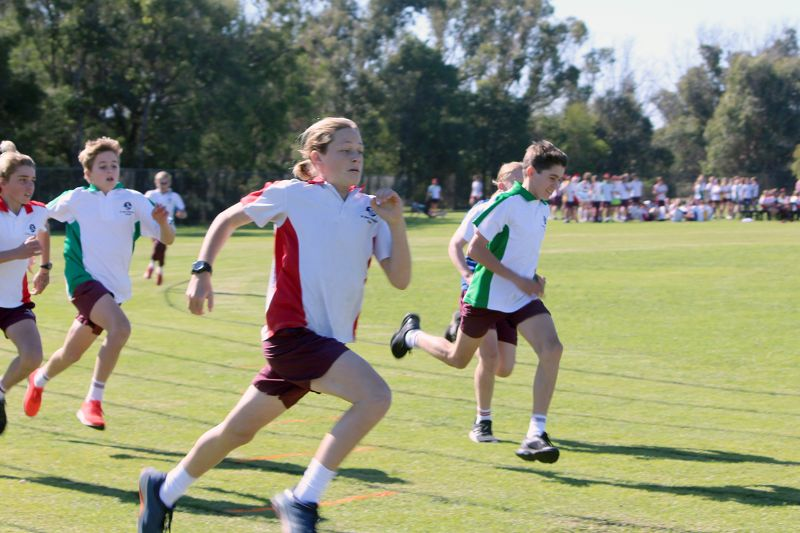 Year 9-12 Athletics Carnival (49)