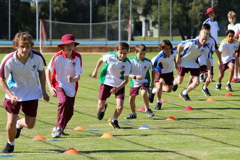 Year 9-12 Athletics Carnival (50)