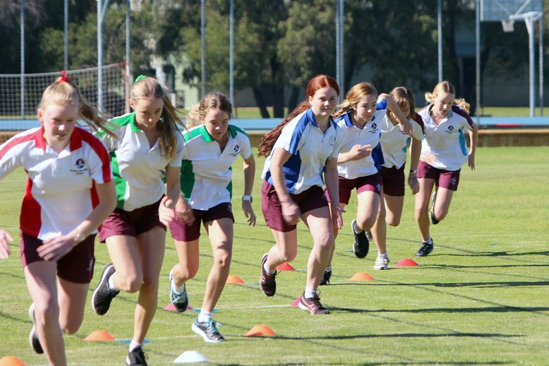 Year 9-12 Athletics Carnival (51)