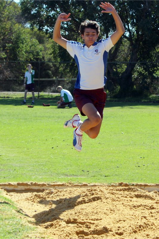 Year 9-12 Athletics Carnival (61)