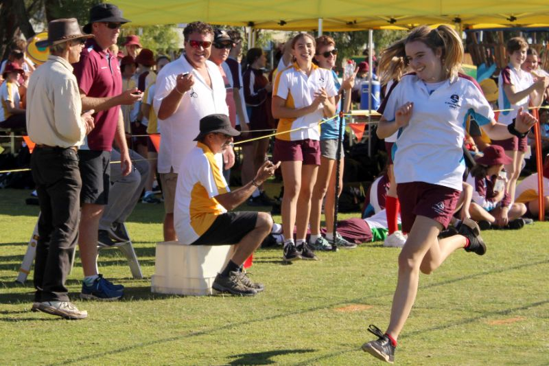 Year 9-12 Athletics Carnival (65)