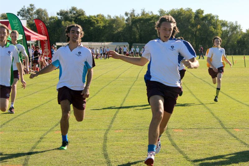 Year 9-12 Athletics Carnival (66)
