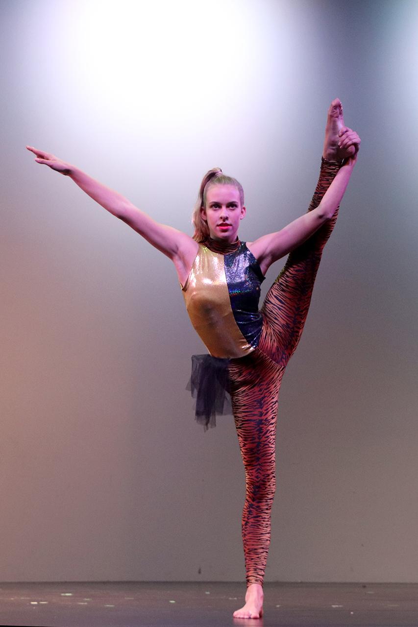 Dance 2 IMG_2041