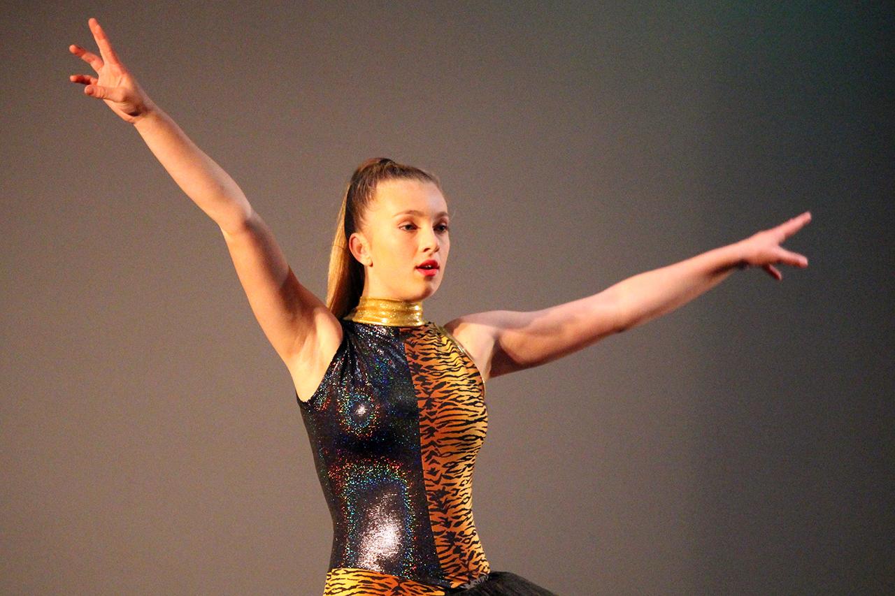 Dance 2 IMG_3618