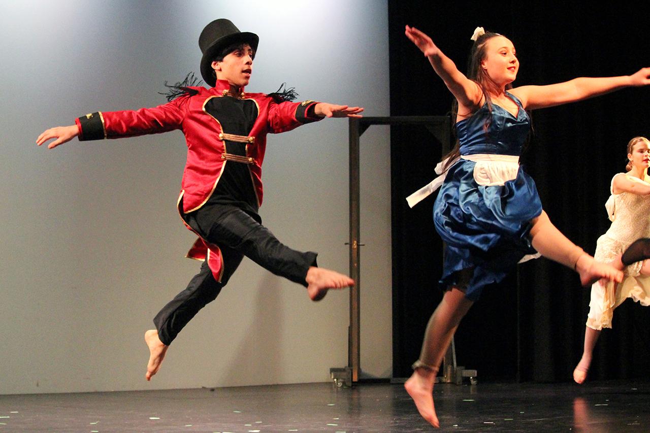 Dance 3 IMG_3755