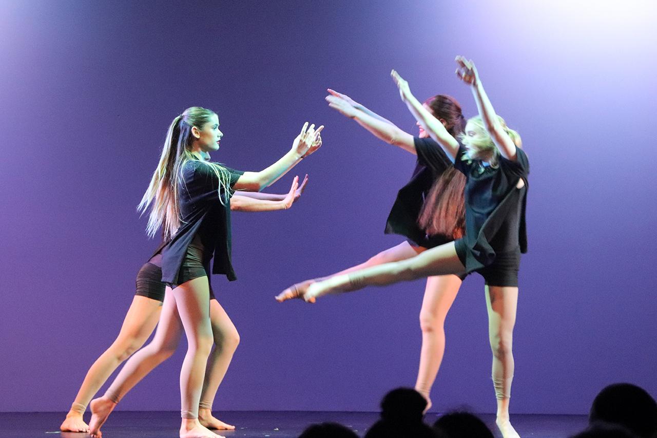 Dance 5 IMG_2403