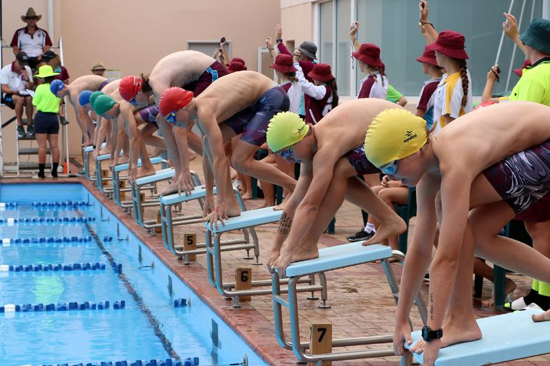 Years 9-12 Inter-House Swimming Carnival (15)