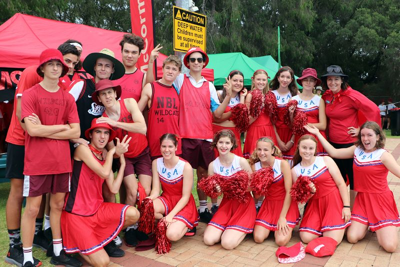 Years 9-12 Inter-House Swimming Carnival (2)
