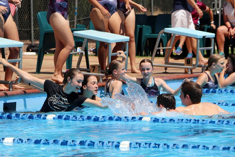 Years 9-12 Inter-House Swimming Carnival (39)
