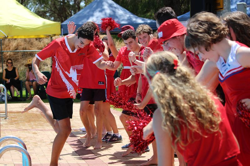 Years 9-12 Inter-House Swimming Carnival (43)