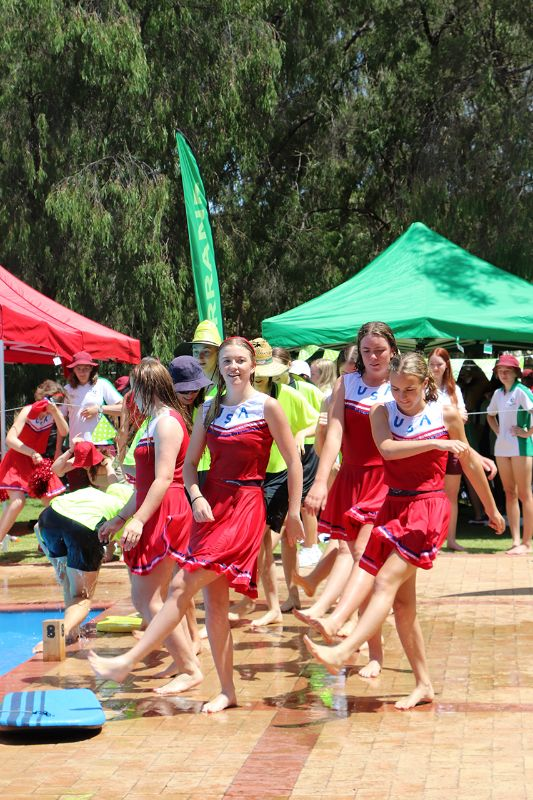 Years 9-12 Inter-House Swimming Carnival (48)