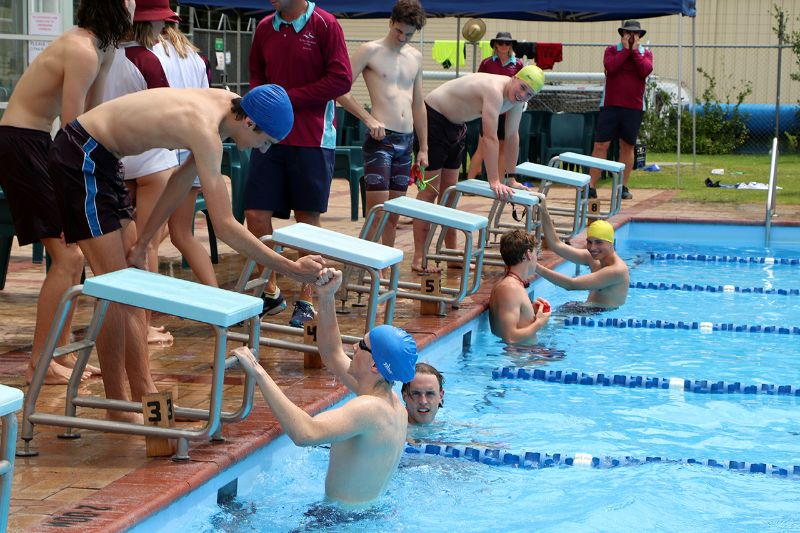Years 9-12 Inter-House Swimming Carnival (65)