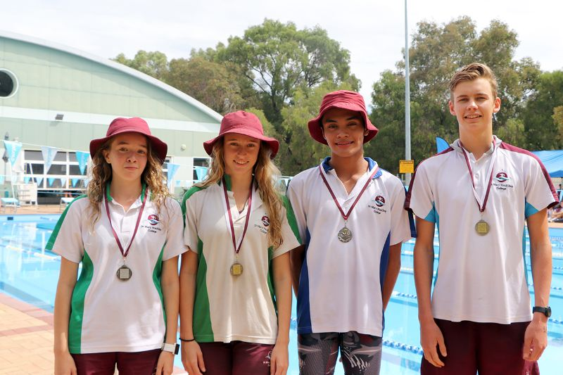 Years 9-12 Inter-House Swimming Carnival (70)