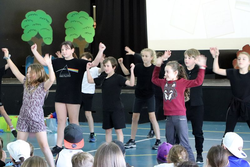 Year 5 Assembly (10)