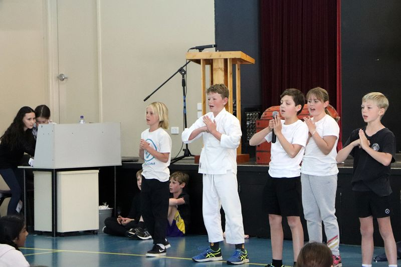 Year 5 Assembly (19)