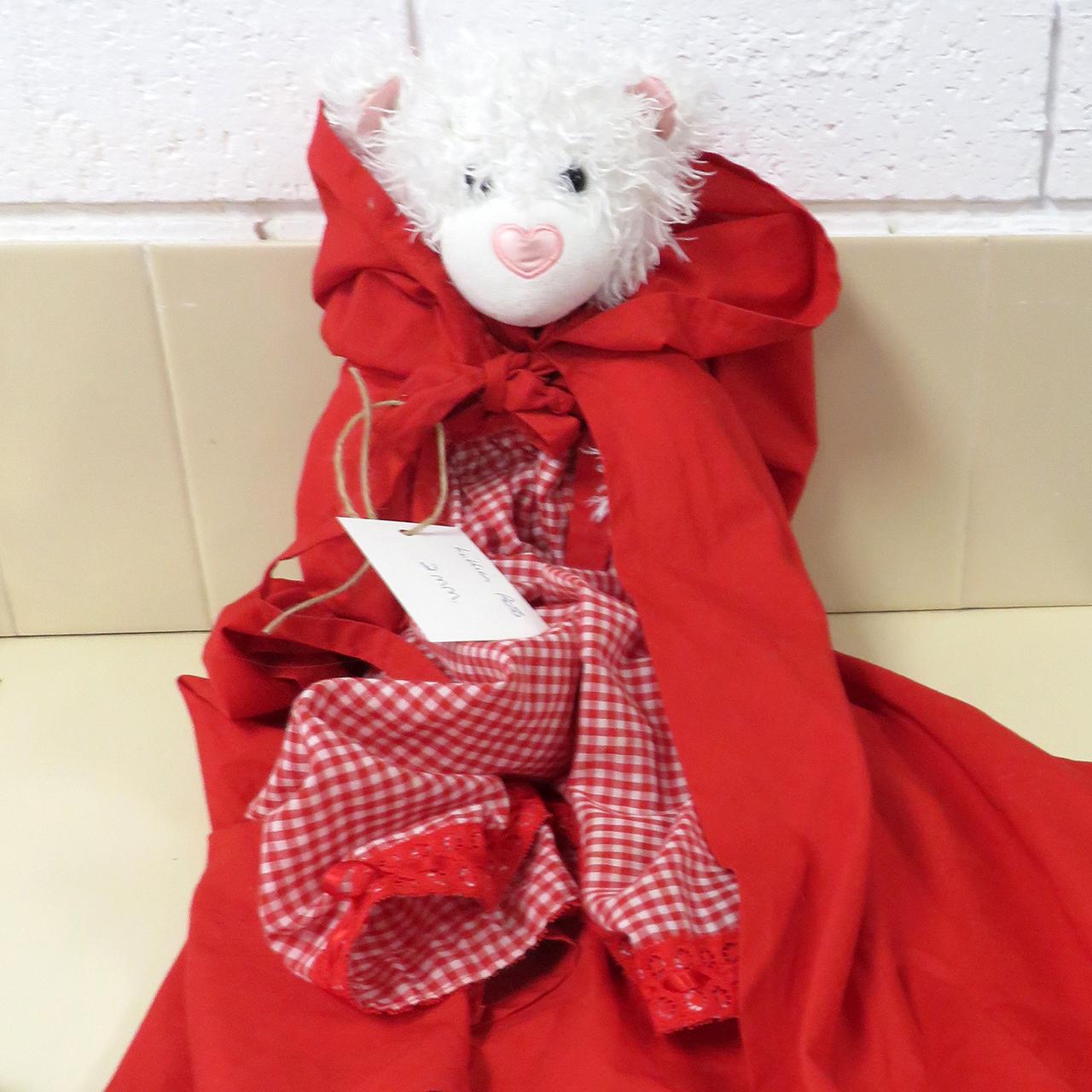 Little Red Riding Hood - Lillian Ross