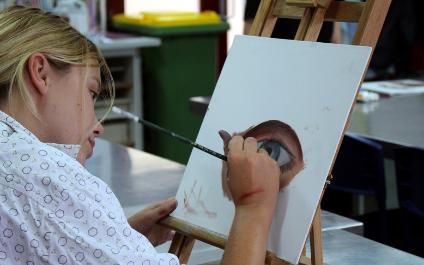 Artist in Residence: Rachelle Dusting