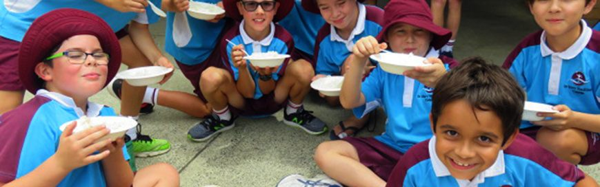 Students begin Lent with Rice Day