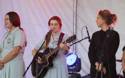 Music students entertain at Relay for Life