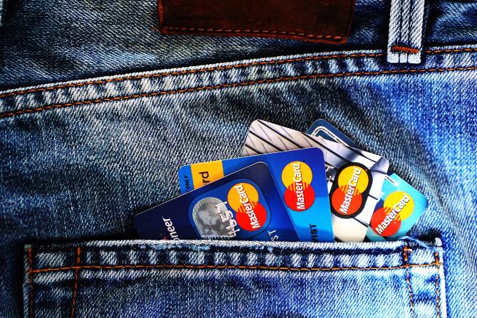 Credit-Cards-Pocket
