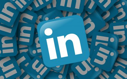 How to Integrate LinkedIn and Outlook