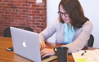 Why Office 365 is Better Than Using Personal Email For Business