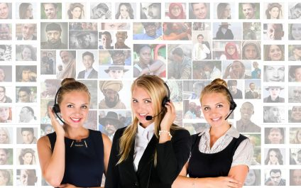 The Pros and Cons of Using a Live Chat Service on Your Website