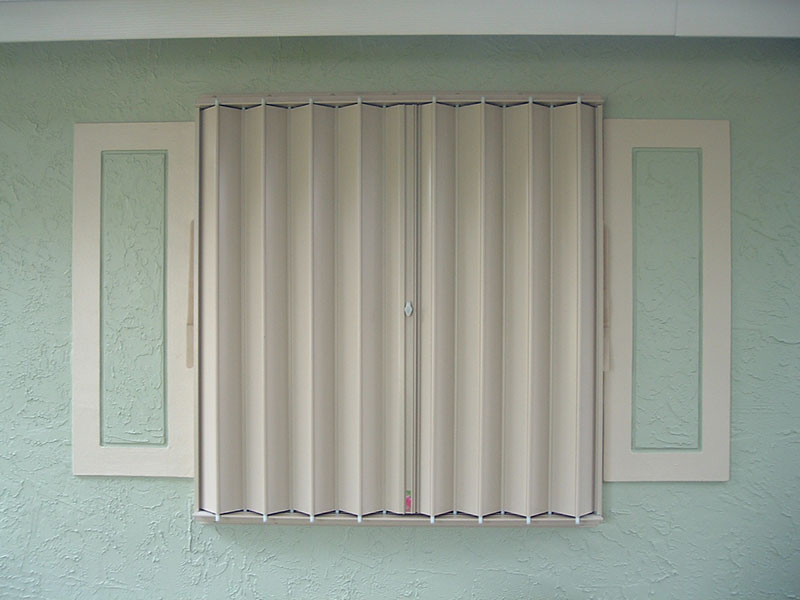 Accordion_Shutters_3