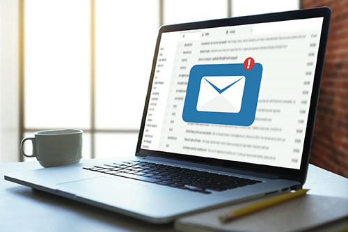 Sideimg-Businesses-need-email-security-solutions