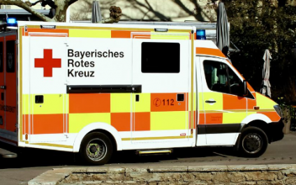 """""""Don't steal an ambulance"""" and other hospital rules to avoid legal troubles"""
