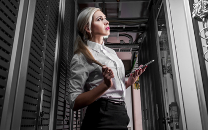 Cloud or dedicated server? Where is the smart money going?